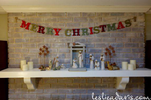 2016-christmas-mantle